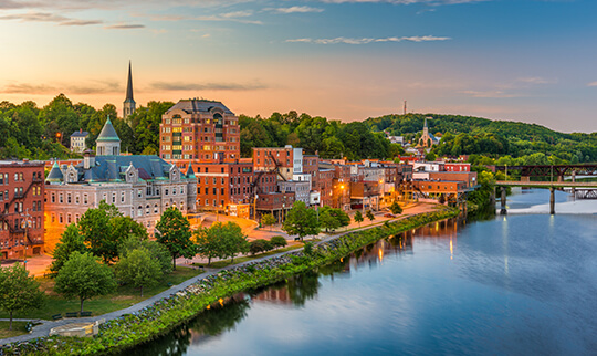 Image of riverside city in Maine